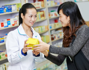 mClinica Pharmacy Solution pharmacist and consumer